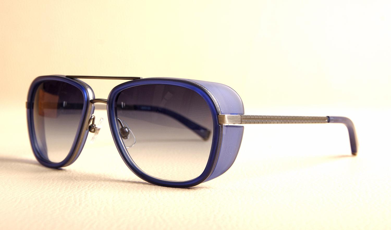 e0856083b9871c Lunettes MATSUDA M 3023 Navy en verres dégradé bleu portées par ...