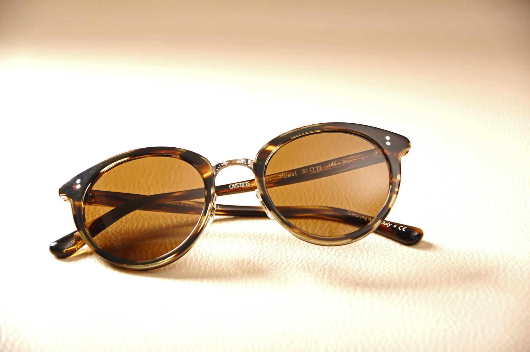 acee6e585a Lunettes de soleil pour femme Oliver Peoples modèle SPELMAN. Retour.  Essayer des lunettes originales au Havre 76 ...