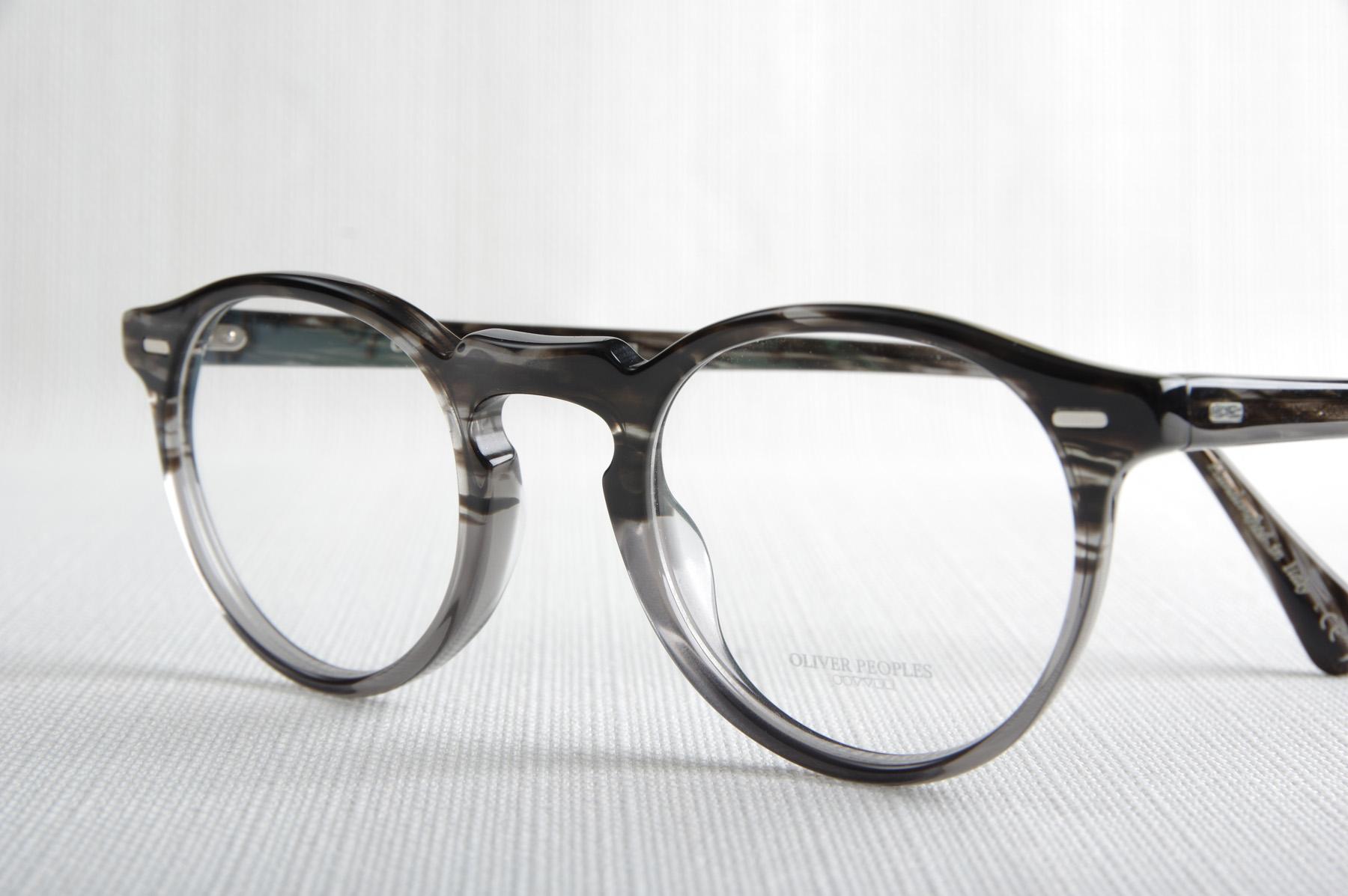 80810201772c3 Lunettes de vue GREGORY PECK de la marque OLIVER PEOPLES - Opticien ...