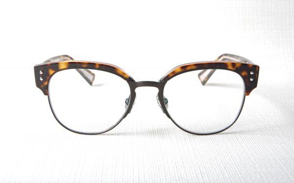achat de lunettes de vue de luxe sur le havre rouen sainte adresse optique. Black Bedroom Furniture Sets. Home Design Ideas