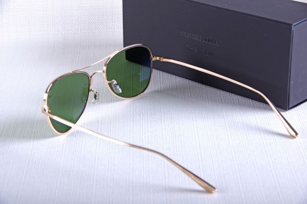 Trouver Oliver Peoples The Row Executive Suite 1198, Paris 75